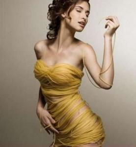 Макароны из твердых сортов пшеницы девушка 277x300 Калорийность макарон из твердых сортов пшеницы. Как похудеть на макаронах?