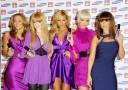 фиолетовый цвет на девушках